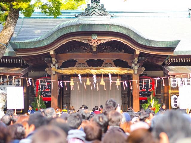 初詣の混雑予想!大阪・京都・関西の神社で人混みを回避する方法は?